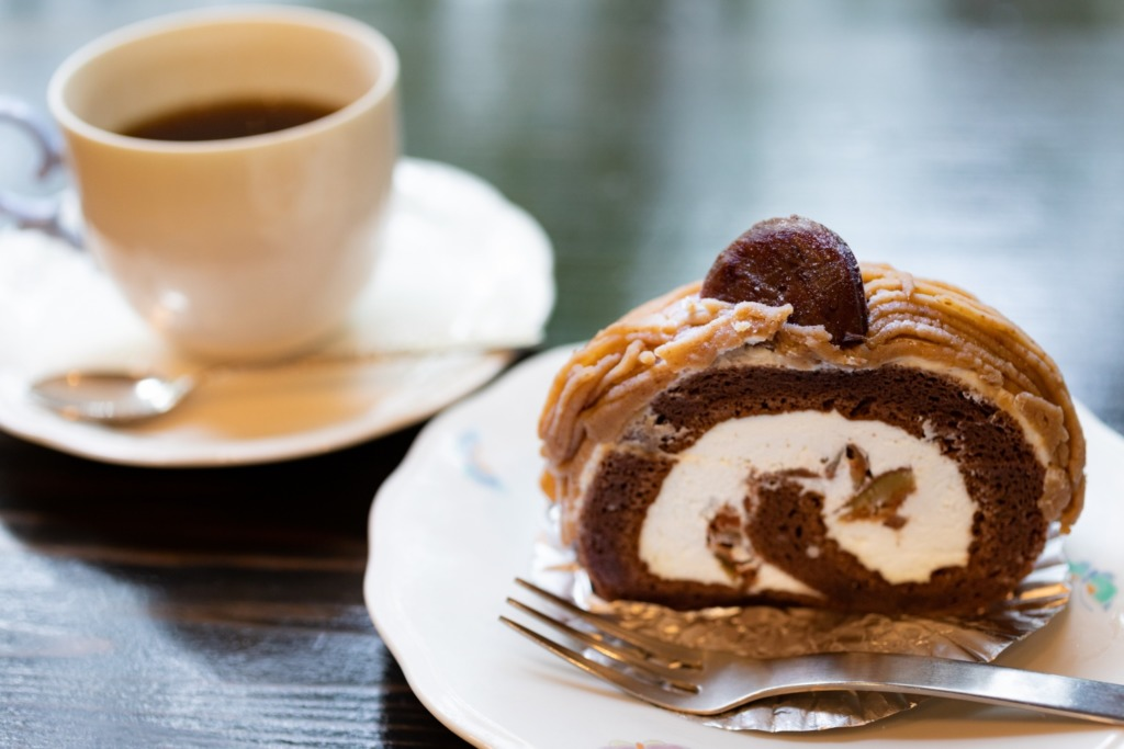 ちいちゃんのケーキ 栗のロールケーキ