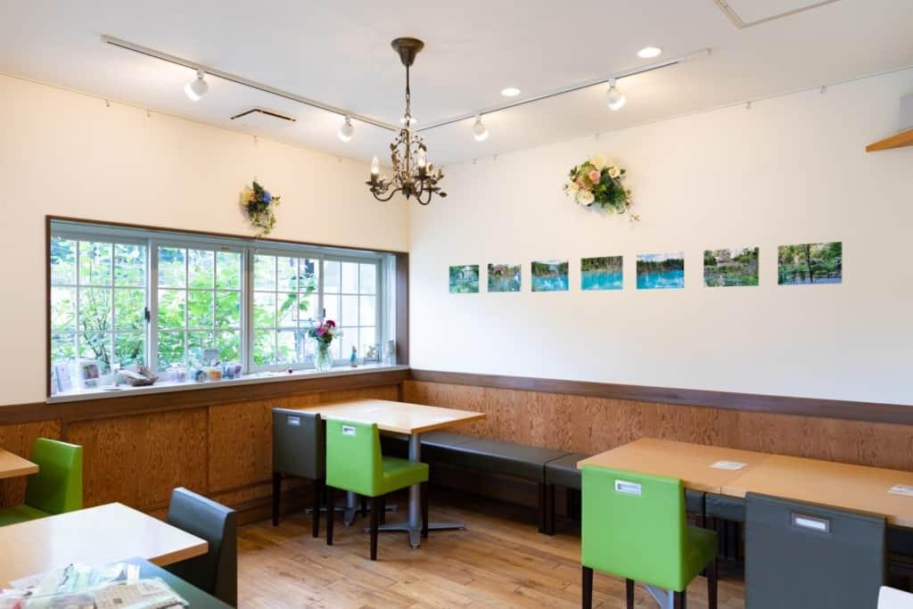 カフェぶなの木 店内風景